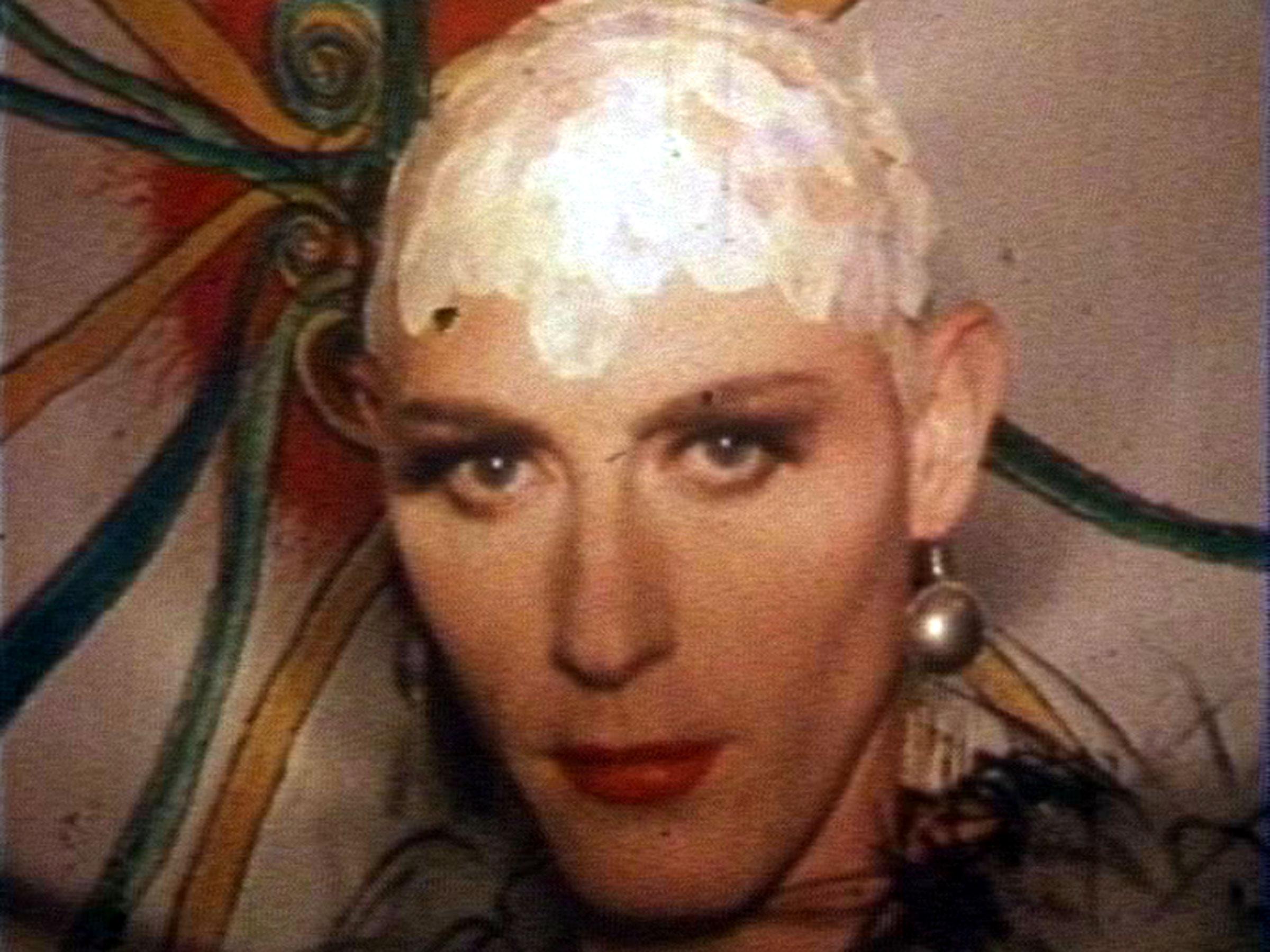1989-12-12-SF-Kinkys-tv01-Paul