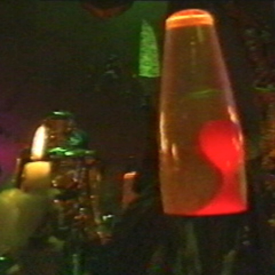 1990-10-01-SF-C4-Out-09-lavalamp