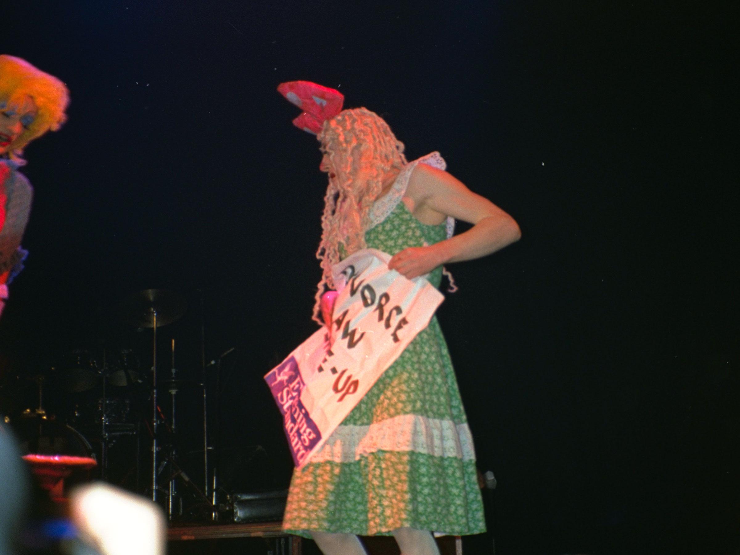 1993-12-12-SF-Winter-Pride-PCD479-043