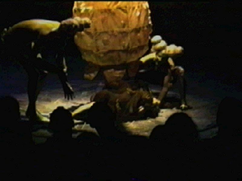 1996-09-04-SF-omfintlig-tv14-hatch