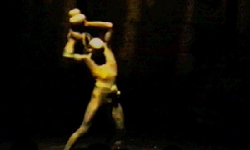 1996-09-04-SF-omfintlig-tv36-throw