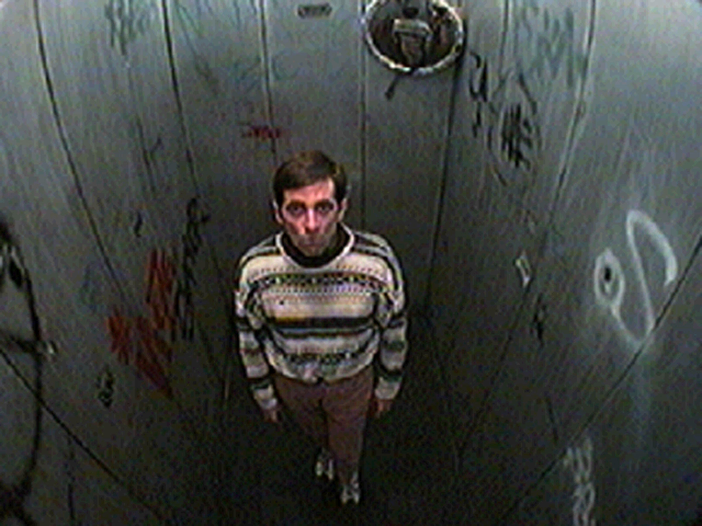 1997-06-12-SF-Broth-Surveillance-tv02-shaun