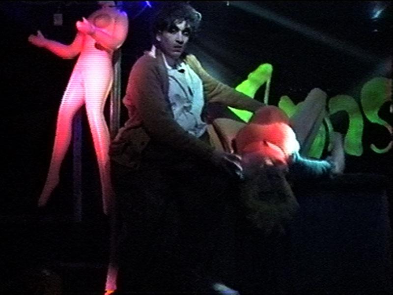 1997-12-04-SF-Monster-13-shaun-danny-preggers
