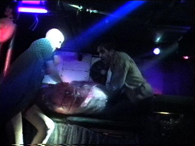 1997-12-04-SF-Monster-29-shaun-bagging-paul
