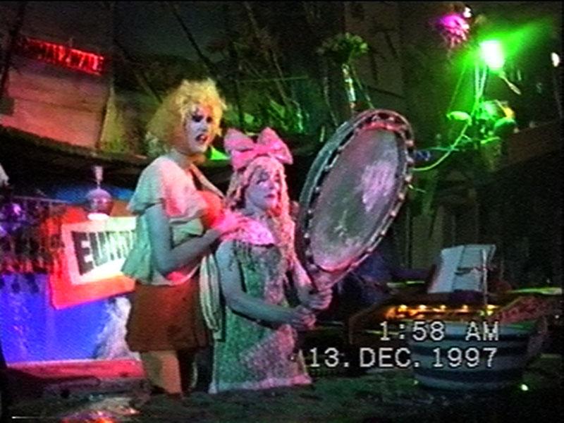 1997-12-12-SF-Schmalzwald-07-danny-paul-mirror