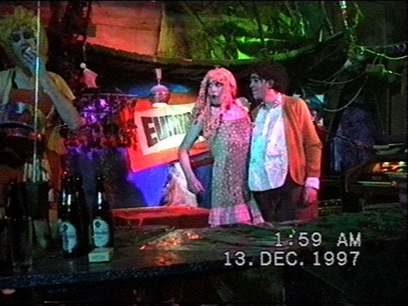 1997-12-12-SF-Schmalzwald-10-paul-shaun-dance