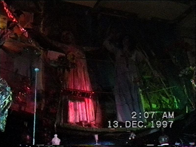 1997-12-12-SF-Schmalzwald-28-carrie-crucified