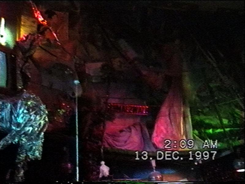 1997-12-12-SF-Schmalzwald-29-chainsaw-paul