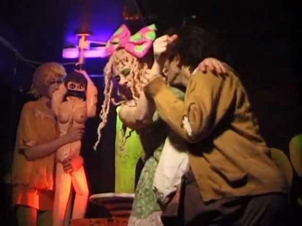1998-02-26-SF-Monster-Flogging-a-Dead-Whore-videograb-01