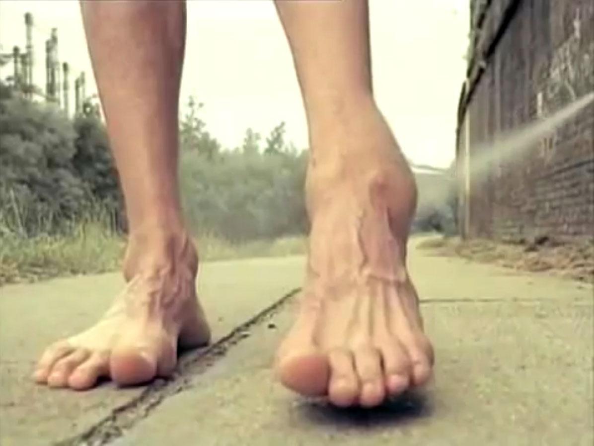 1998-04-01-Hefner-Sweetness-Lies-Within-videograb-01