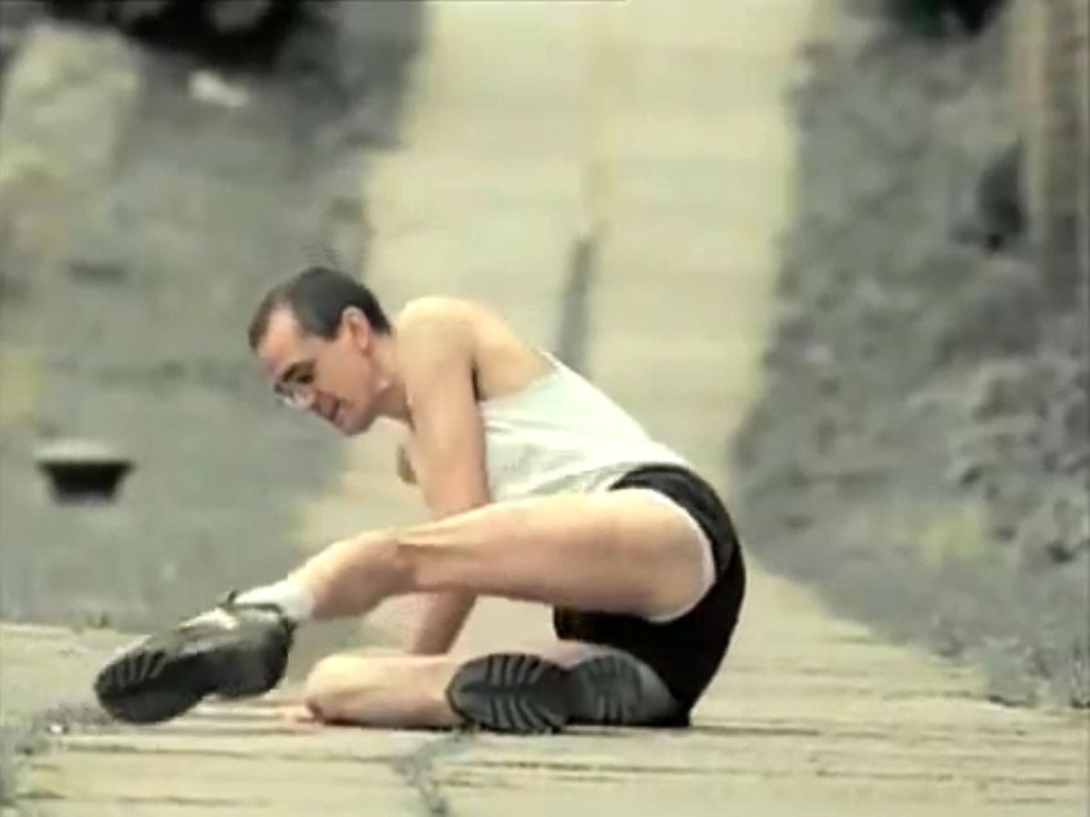 1998-04-01-Hefner-Sweetness-Lies-Within-videograb-02