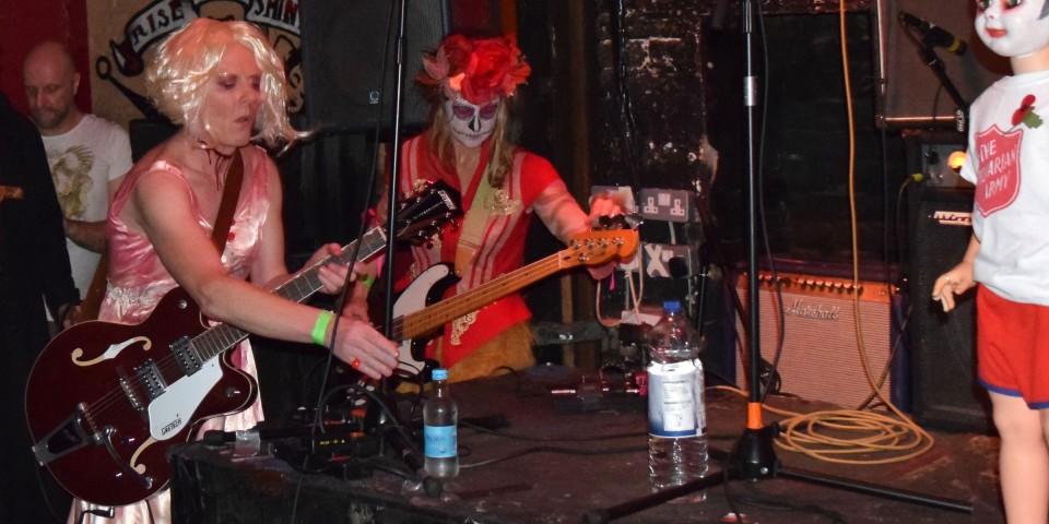 2014-10-31-SF-12-Bar-Halloween-gig-Nikon-Dan-0124-lg