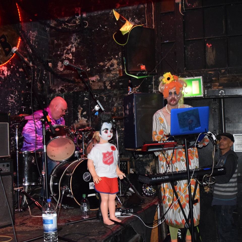 2014-10-31-SF-12-Bar-Halloween-gig-Nikon-Dan-0125-lg