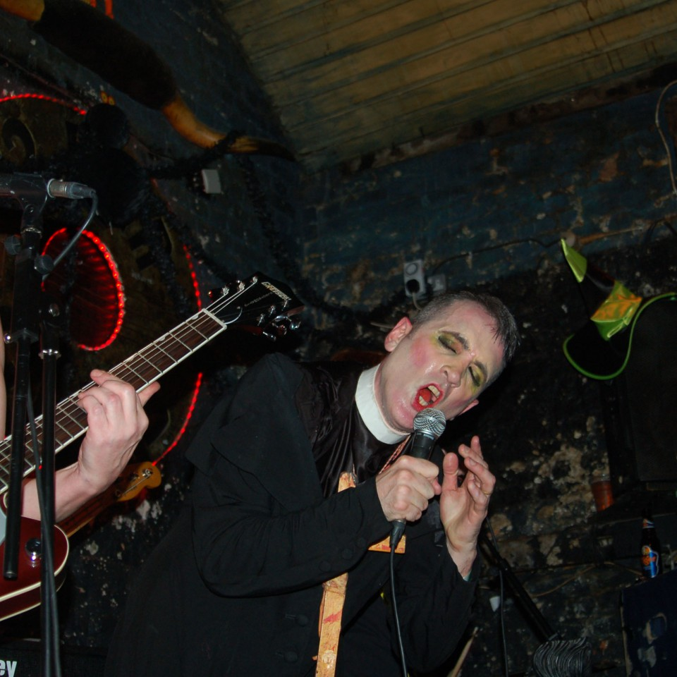 2014-10-31-SF-12-Bar-Halloween-gig-Nikon-Nic-0081-lg